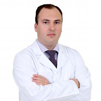 Dr. Cassiano Ricardo D. Moreti